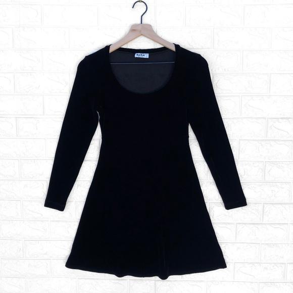 BCBG Dresses & Skirts - BCBG Vintage Velvet 90's Little Black Mini Dress